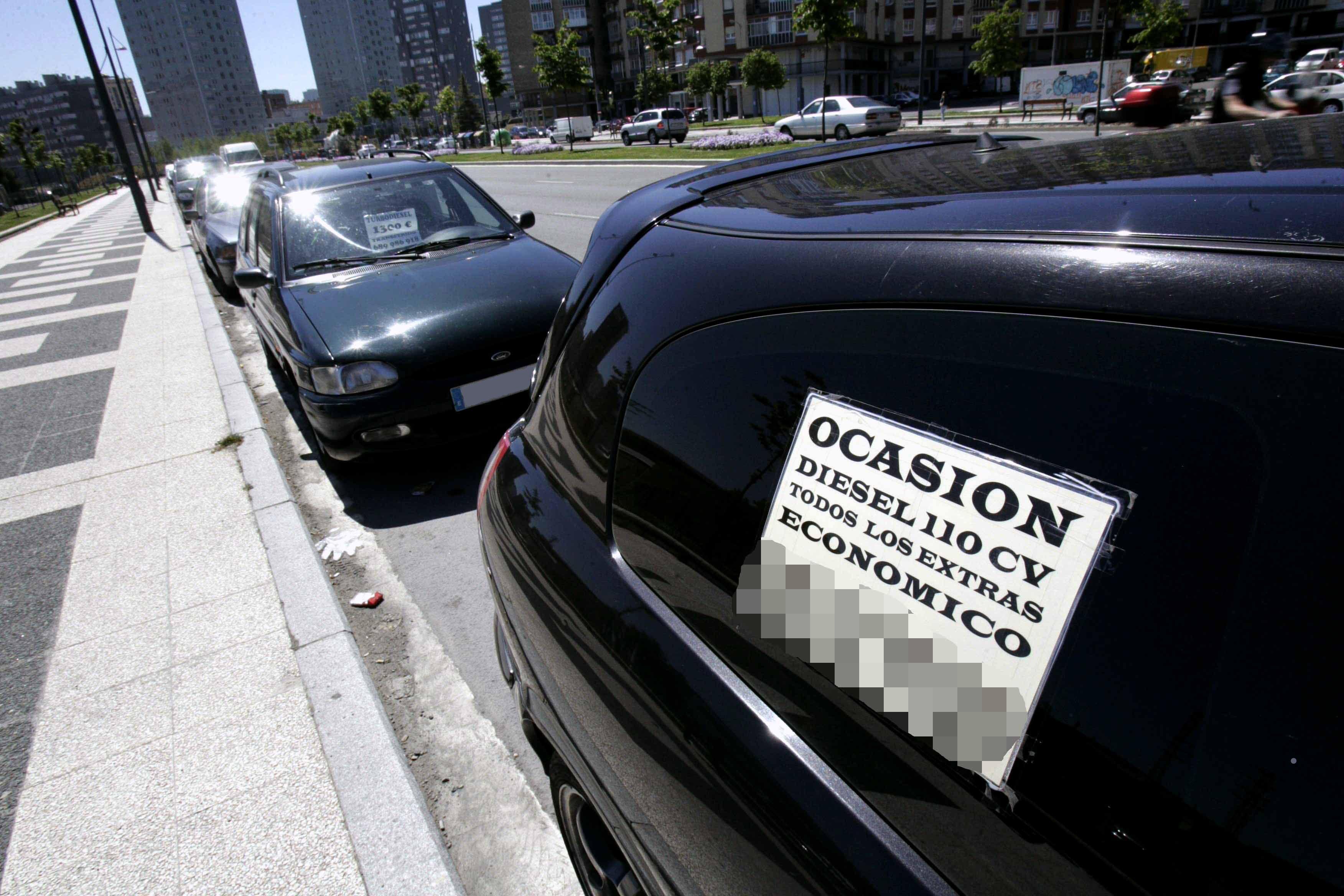 cartel se vende coche